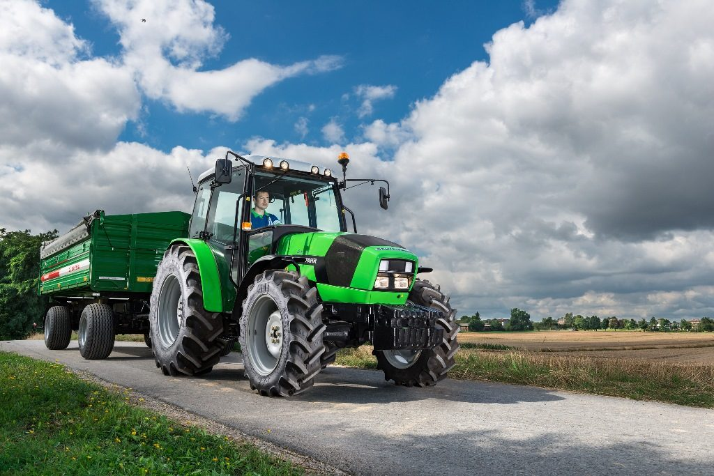 ciągnik na 10 hektarów - Deutz-Fahr Agrolux 410