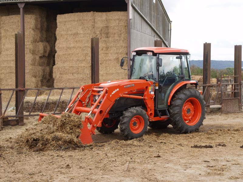Sprzedaż ciągników rolniczych Kubota L5040