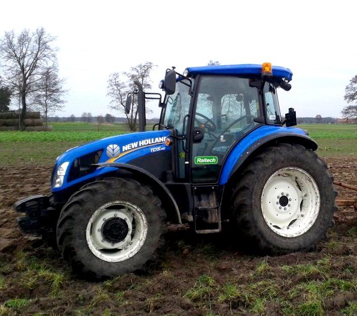 New Holland TD5.85 / fot. agrofoto.pl Lisek66