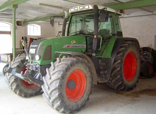 Fendt Favorit 716 Vario